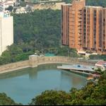 下望黃泥涌水塘 Wong Nai Chung Reservoir