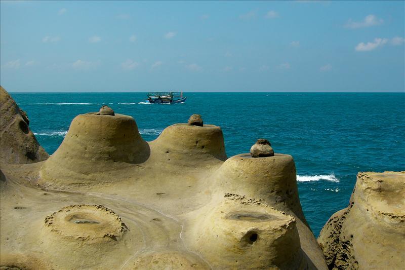 Sea Candles (燭台石)