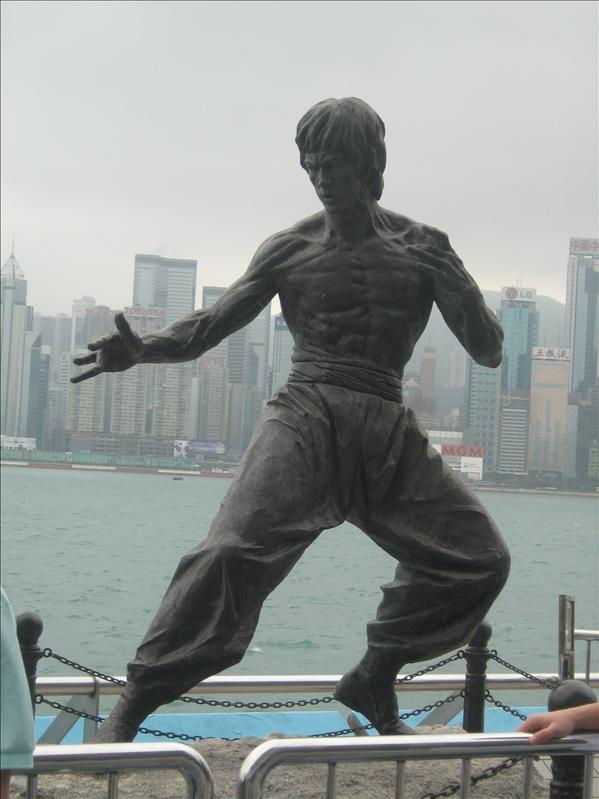 Bruce Lee Statue on Avenue of the Stars