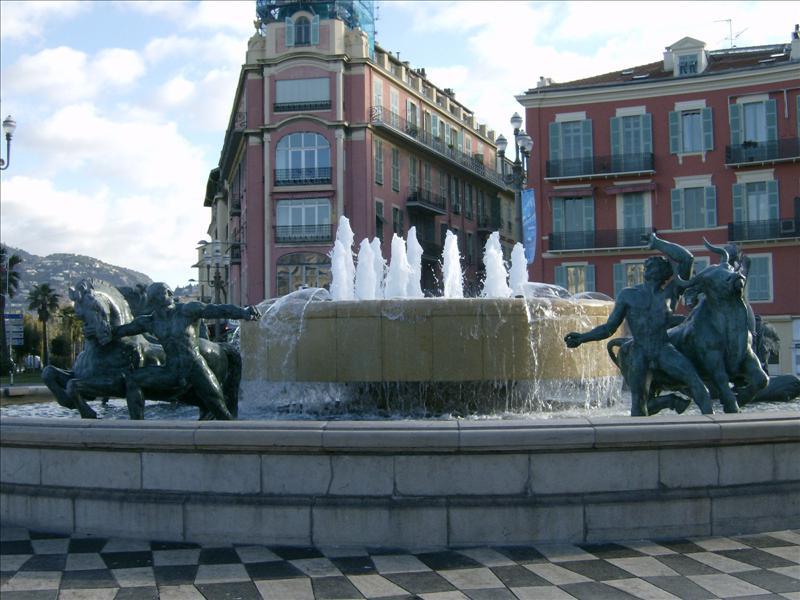 Massena Square - Monumental fountain by Jaume Plensa