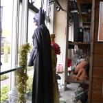 這家店請蝙蝠俠當警衛