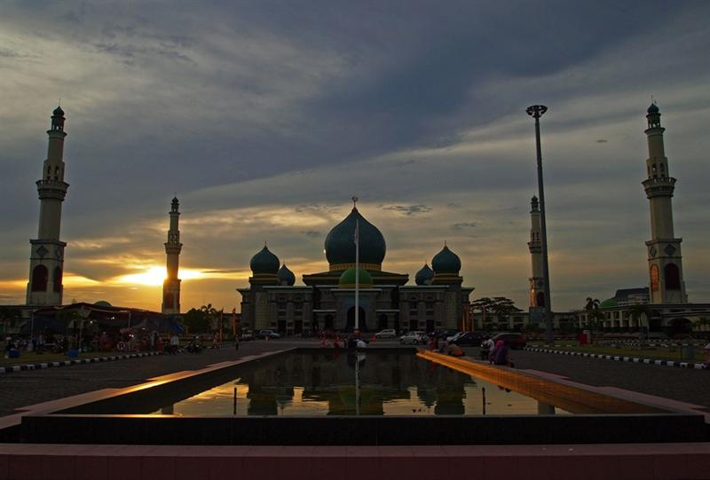 Sunset over the Grand Mosque An-Nur