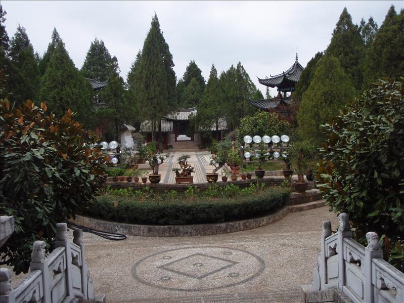 garden behind temple, Lijiang