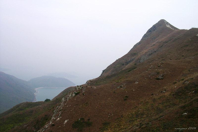 Heading up Sharp Peak 往蚺蛇尖途中
