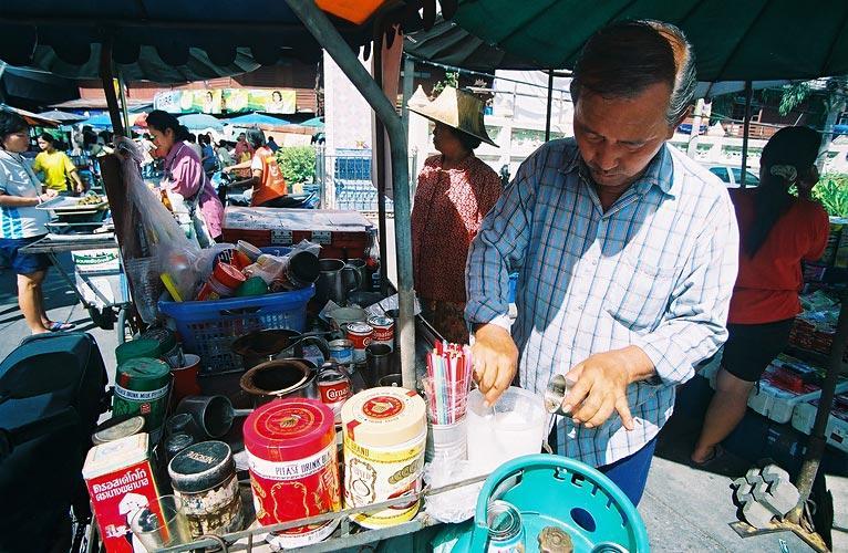 He brew up green tea Oh it delicious! (Neighborhood Watsai)