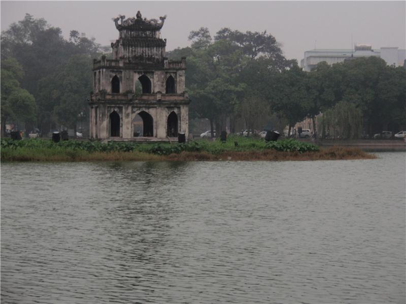 Ho Hoan Kiem lake