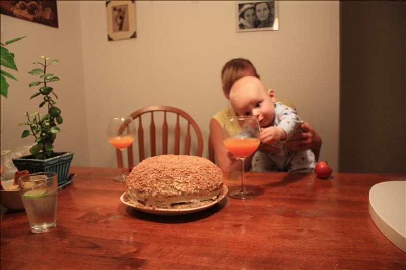 Kajaus 6 menesiu tortas