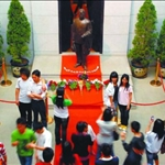 Dr. Sun-Yat Sen draws visitors from Hong Kong
