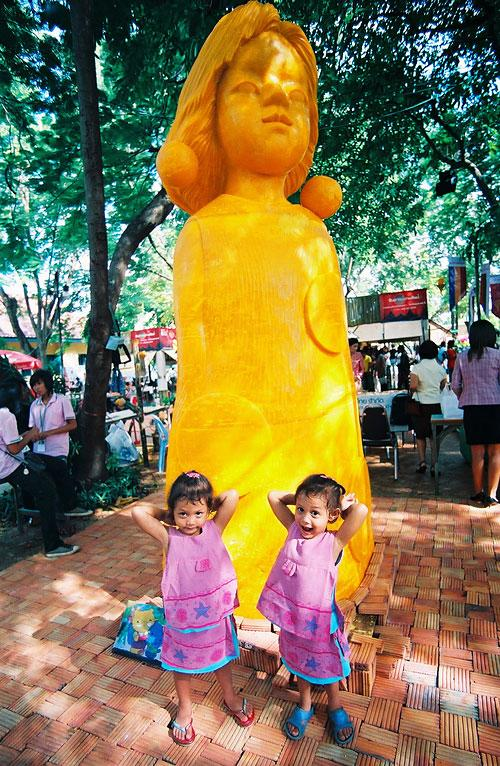twin girls with Wax Sculpture by Japan