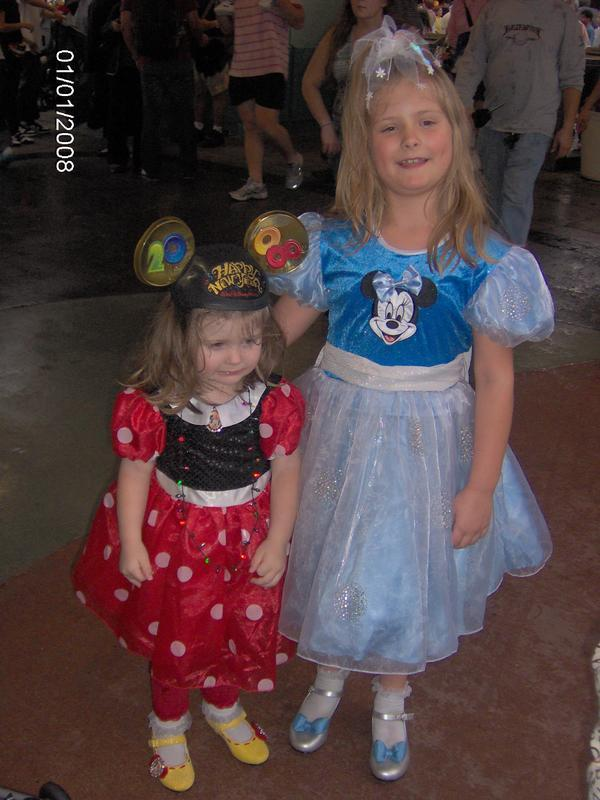Minnie & Minnie 2