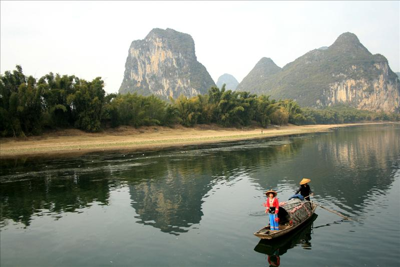 guilin boat.jpg