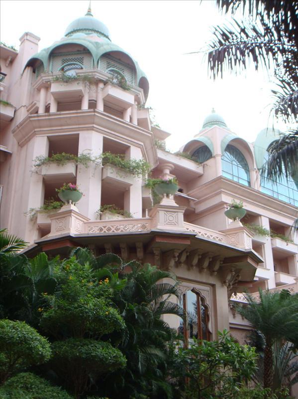 leela palace,bangalore