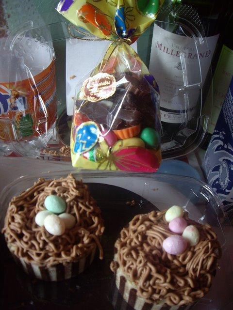 房東送我們的巧克力蛋糕和巧克力