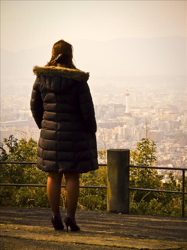 Looking at Kyoto Tower