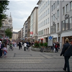 Walk from the hotel to Marienplatz