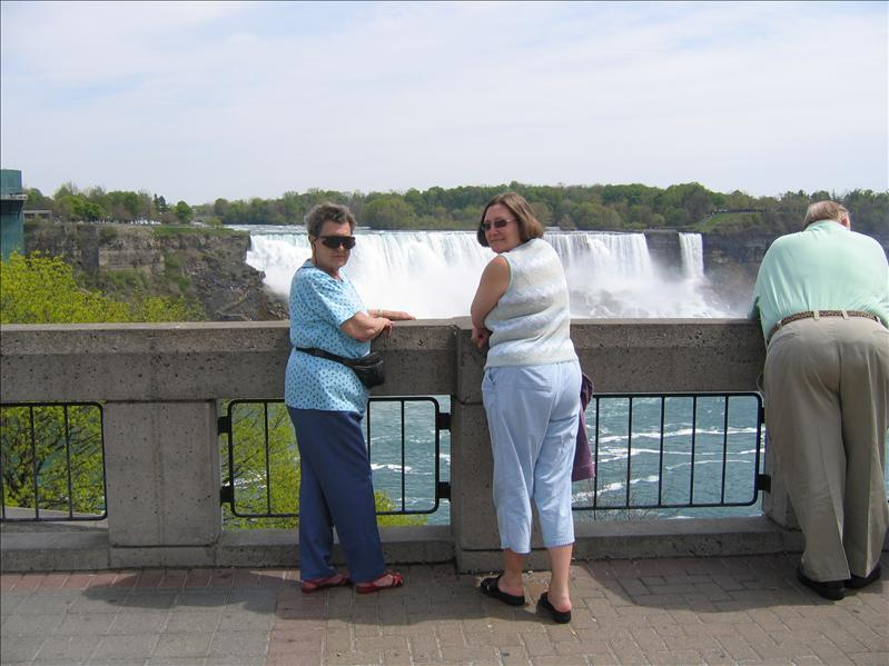 Margaret & Wendy at Niagara Falls