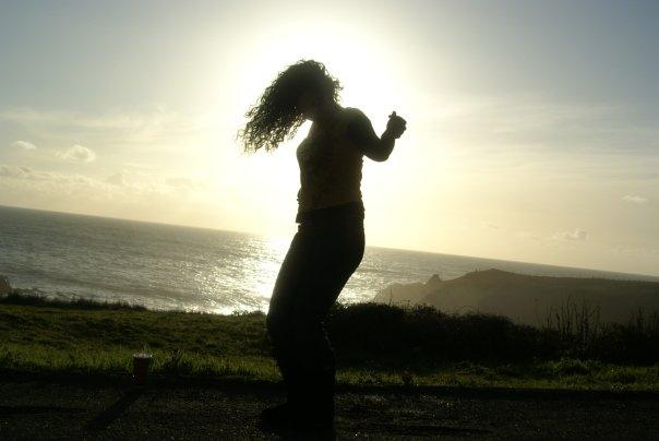 The Hair-in-the-sunset dance -2