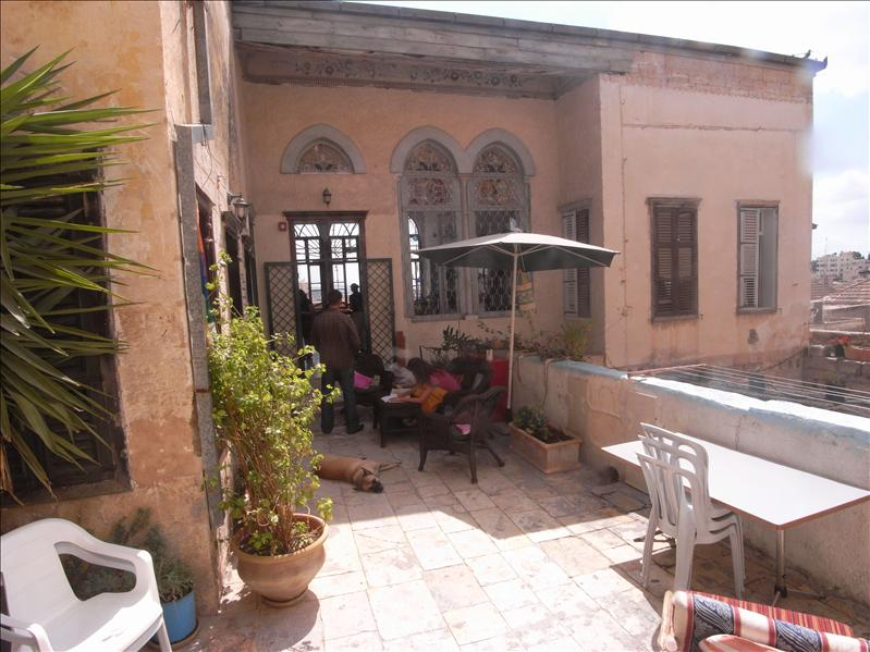 fauzi azar inn, old city nazareth