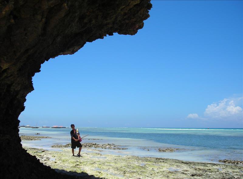 Kenny•Zanzibar