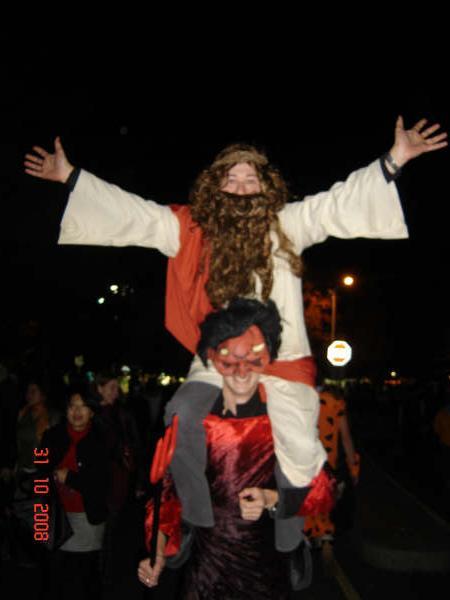 jesus is herrezen