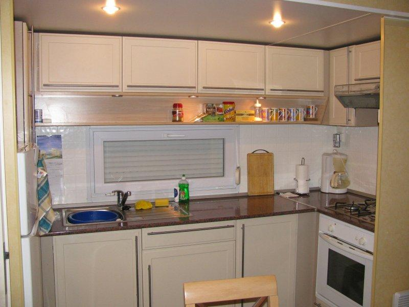 ... fitted kitchen.