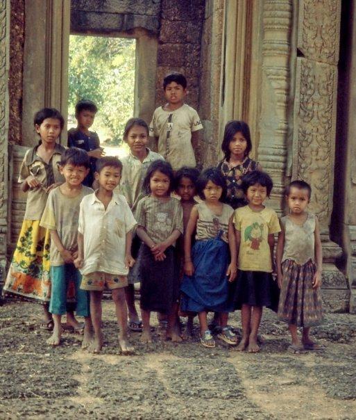 CHILDREN AT ANGKOR WAT, CAMBODIA