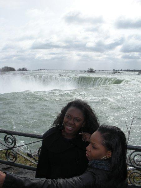 Maame, Shannei and the Horseshoe Falls