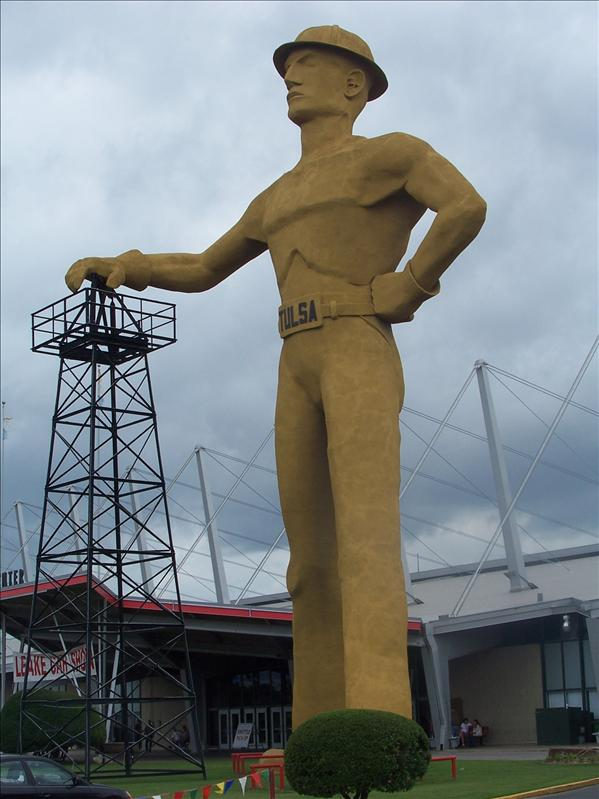 76-foot golden driller giant to commemorate the former oil capital of the world in Tulsa