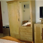 Rooms with TV, Radio, refrigerator in Guesthouse