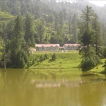 Banjosa Lake, surrounded by mountains