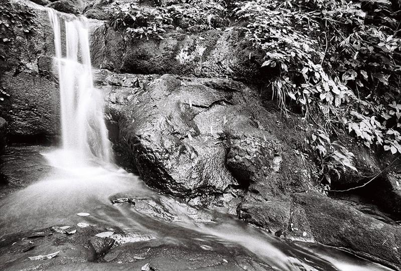 Saithip Waterfall (ILFORD 400 PAN)