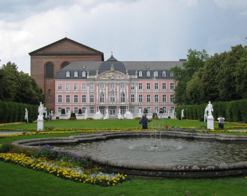.. Kurfurstliches Palace is next to ...
