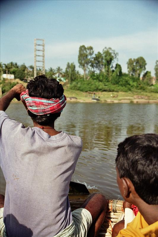 crossing the Tungabhadra river