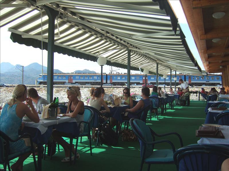 Restoran Jezero by Lake Skadar