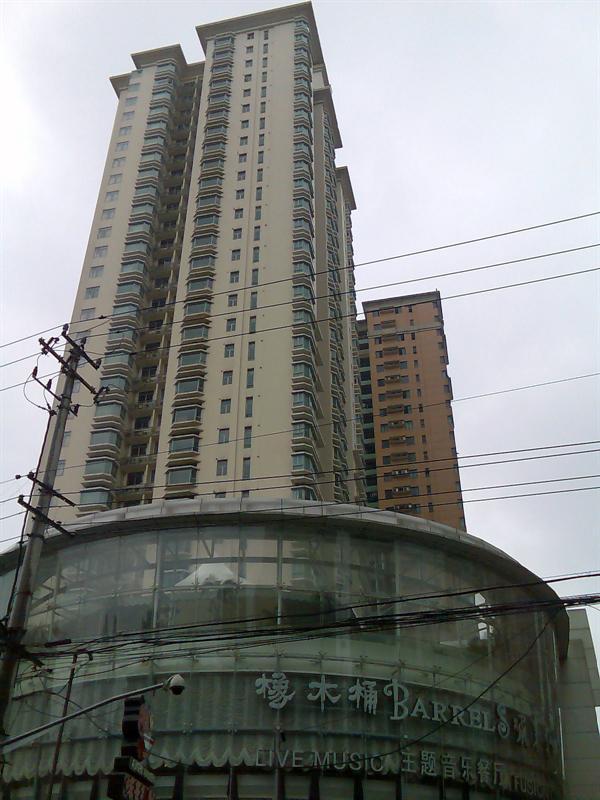 没想到镇宁路口这幢毫不起眼的大楼还是贝聿铭设计的