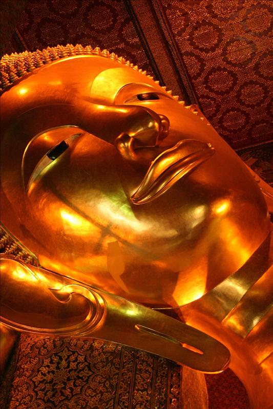 The Reclining Buddah at Wat Po.