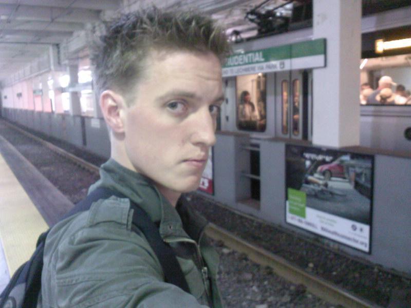 bartje bij de metro
