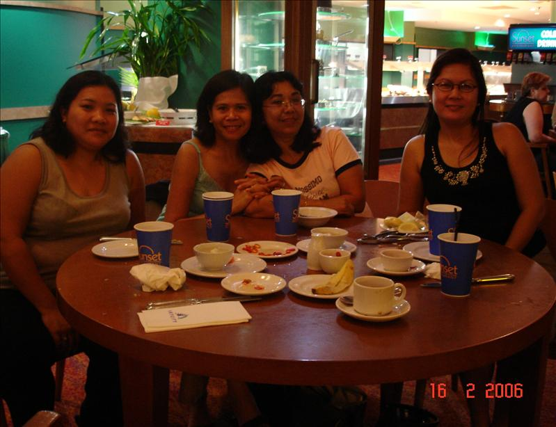 With Elvie, Olive and friend at Sky City Hotel, Darwin NT Australia