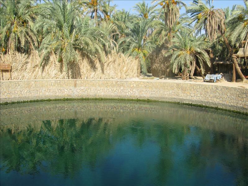 Cleopatra swimmingpool