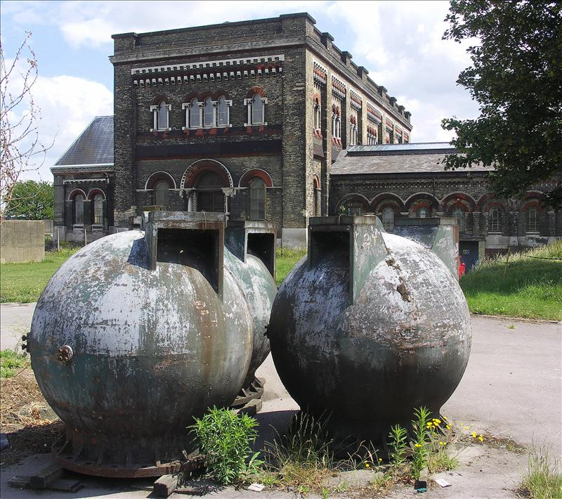 Pressure vessels, possibly