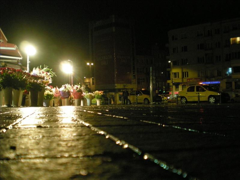 Taksim,waiting...