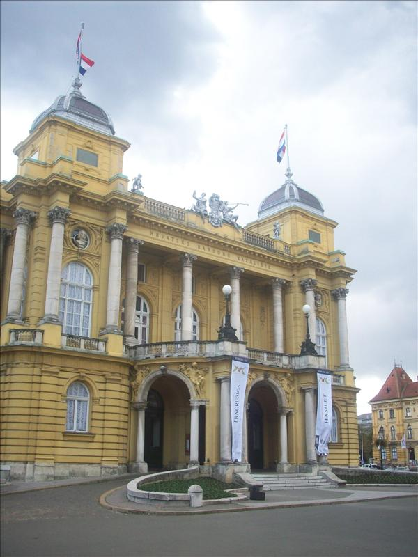 The Zagreb theatre. Isin't it astonishing!