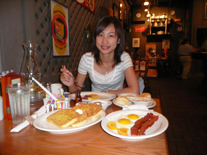 Breakfast - Cracker Barrel - In Gainesville ... Good appetite...