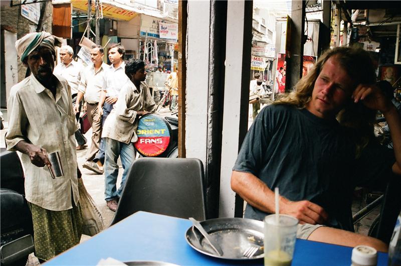 open air restaurant, pahar ganj old dehli