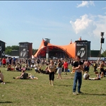 800px-Roskilde_festival_27-6-2003.jpg