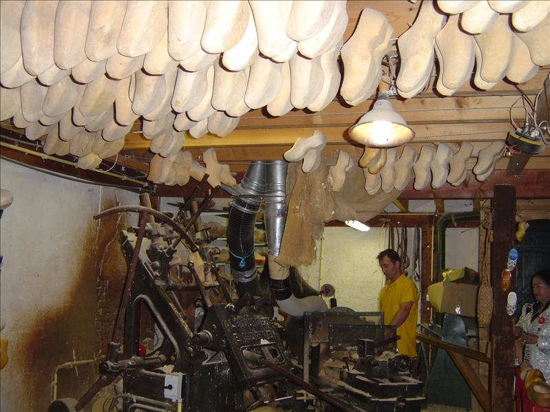 Wooden shoes making