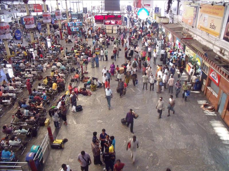 Chennai Station. Amazingly clean, organised – India has changed so much in 10 years.
