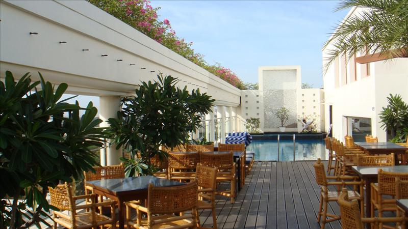 roof top2-rain tree hotel