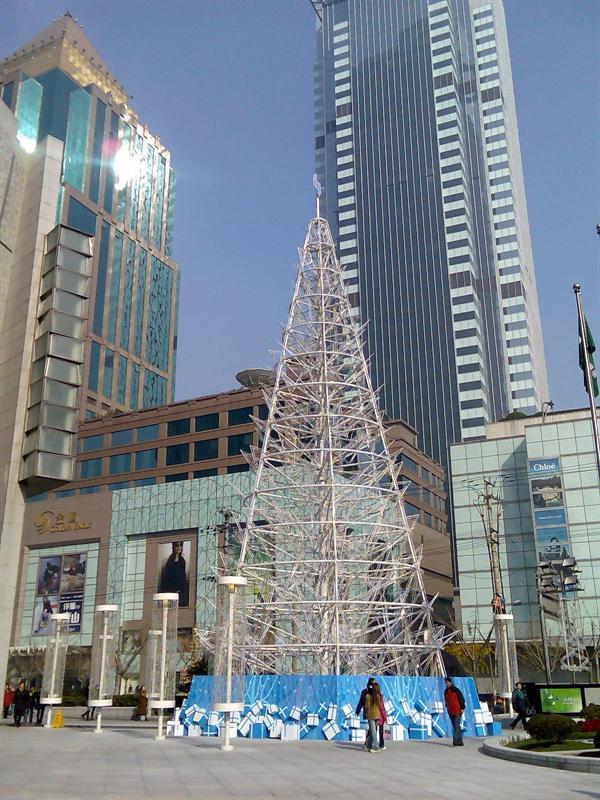 恒隆门口的圣诞树