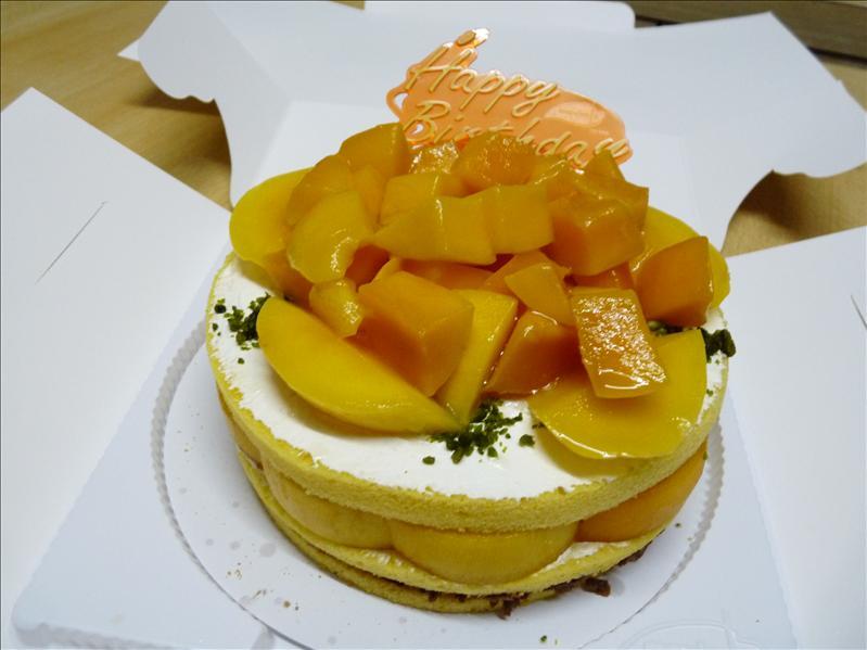 美心西餅芒果脆脆蛋糕